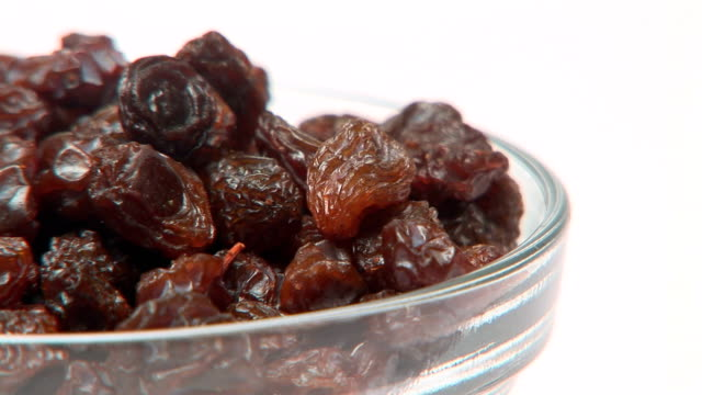 stockvideo's en b-roll-footage met raisins - rozijn