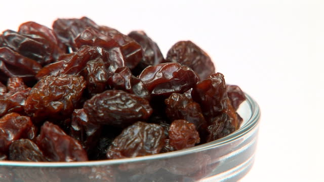 vidéos et rushes de raisins - raisin sec