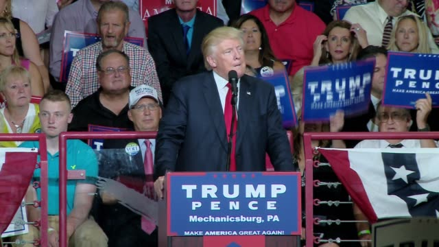 rally at a high school donald trump campaigns in harrisburg pennsylvania - republikanischer parteitag stock-videos und b-roll-filmmaterial