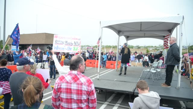NJ: Protestors Hold Rally At NJ Shore Protesting Business Closings Due To COVID-19