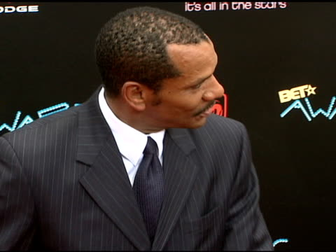 ralph carter at the 2006 bet awards arrivals at the shrine auditorium in los angeles california on june 27 2006 - black entertainment television stock videos & royalty-free footage