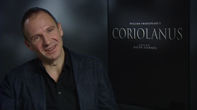 ralph fiennes on filming in belgrade, what he liked about it, the support he received at the coriolanus interviews: 61st berlin international film... - レイフ・ファインズ点の映像素材/bロール