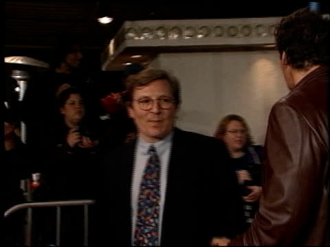 vidéos et rushes de ralph moeller at the 'us marshals' premiere at fox westwood village in los angeles california on march 4 1998 - westwood village