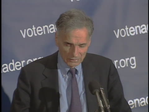 vidéos et rushes de ralph nader discusses his desire for the democrats to recover the us house or senate during his announcement of his presidential candidacy in 2004. - united states and (politics or government)