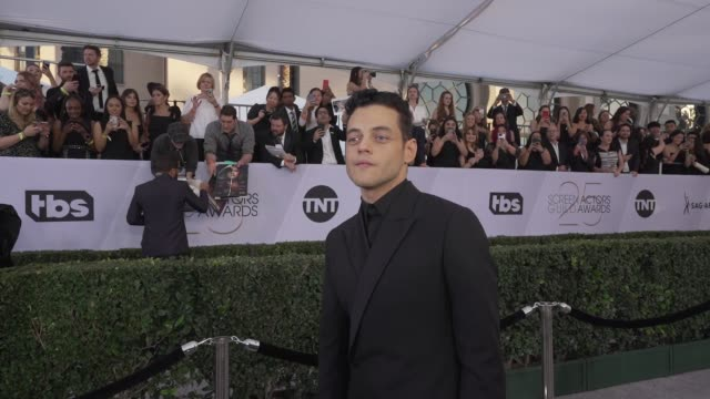 stockvideo's en b-roll-footage met rami malek at the 25th annual screen actors guild awards social ready content at the shrine auditorium on january 27 2019 in los angeles california - screen actors guild awards