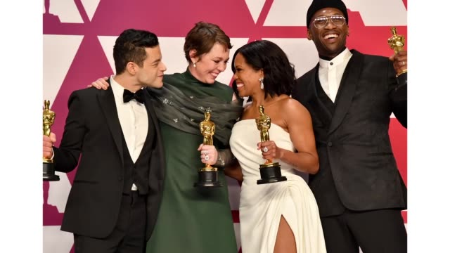 vídeos de stock, filmes e b-roll de rami malek winner of best actor for 'bohemian rhapsody' olivia colman winner of best actress for 'the favourite' regina king winner of best actress... - if beale street could talk