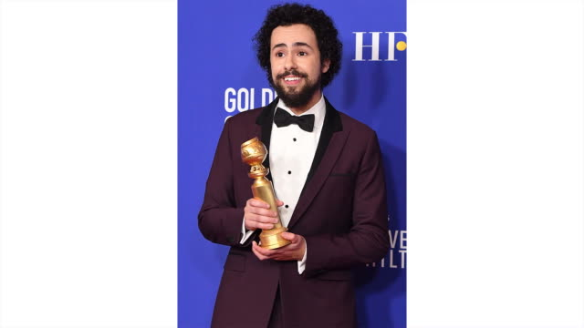 ramy youssef poses in the press room during the 77th annual golden globe awards at the beverly hilton hotel on january 05 2020 in beverly hills... - the beverly hilton hotel stock-videos und b-roll-filmmaterial
