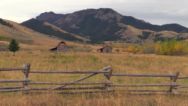 ranch landscape near gardiner montana and yellowstone national park, wyoming - wyoming ranch stock videos & royalty-free footage