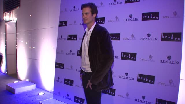 randall batinkoff at the 'broken' premiere and after party at d'or at amalia in new york new york on october 2 2007 - dor stock videos & royalty-free footage