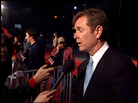 randall wallace at the 'we were soliders' premiere at the mann village theatre in westwood california on february 22 2002 - regency village theater stock-videos und b-roll-filmmaterial