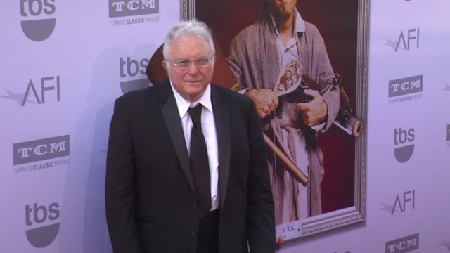 vídeos de stock, filmes e b-roll de randy newman at the american film institute's 43rd life achievement award gala tribute to steve martin at dolby theatre on june 04 2015 in hollywood... - american film institute