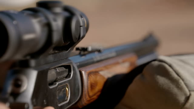 rangers training to combat rhino poaching, south africa - fucile video stock e b–roll