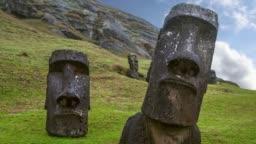 Ranu Raraku, Easter Island, Chile