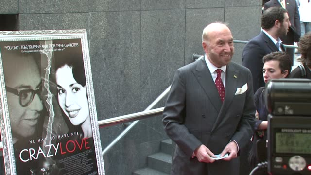 raoul felder at the new york premiere of the award-winning documentary 'crazy love' at the beekman 1&2 theater in new york, new york on may 22, 2007. - ドキュメンタリー映画点の映像素材/bロール