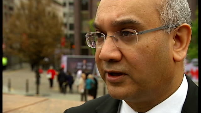 taser gun used in shooting not sanctioned for use london ext keith vaz mp interview sot - moat stock videos & royalty-free footage