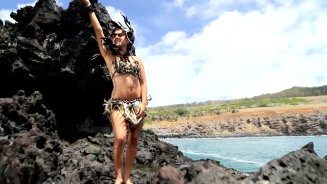 rapanui dancer feather dress - polynesian culture stock videos and b-roll footage