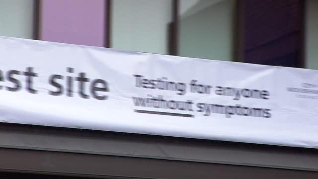 rapid coronavirus testing site in wolverhampton - ウエストミッドランズ点の映像素材/bロール
