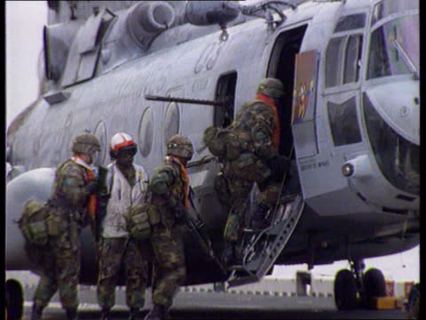 hostages un rapid reaction force hostages itb lib sea adriatic la ms side us marines boarding chinook helicopter pull out - aircraft carrier stock videos & royalty-free footage