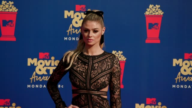 raquel leviss at the 2019 mtv movie tv awards at barkar hangar on june 15 2019 in santa monica california - mtv movie & tv awards stock videos & royalty-free footage