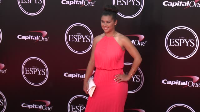 vídeos de stock, filmes e b-roll de raquel rodriguez at the 2016 espy awards at microsoft theater on july 13 2016 in los angeles california - espy awards