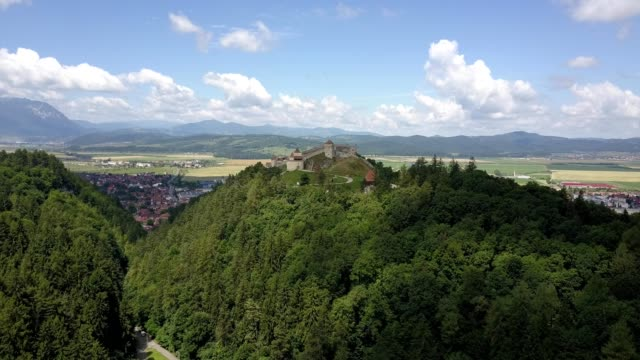 vídeos y material grabado en eventos de stock de rasnov citadel, romania - transilvania