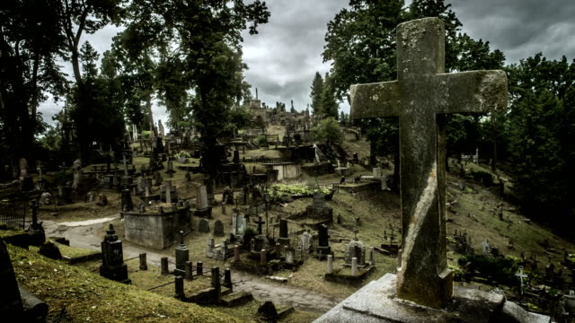 rasos cemetery vilnius lithuania time lapse - cemetery stock videos & royalty-free footage