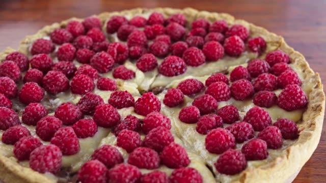 raspberry tart - tart dessert stock videos & royalty-free footage