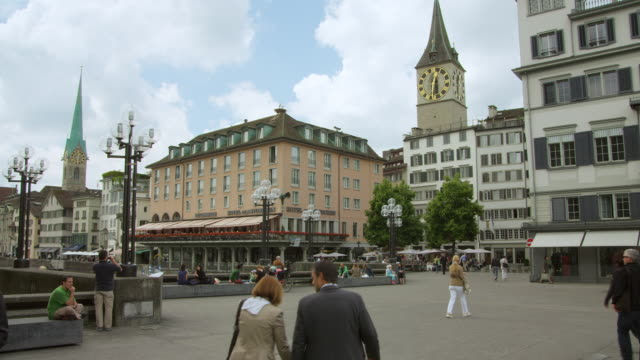 Rathausbrücke (Rathaus bridge) with Fraumünster (left) and St. Peter's Church (right) in Zurich historic city center