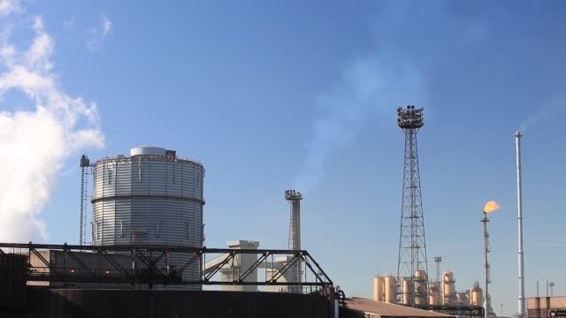 ravenscraig steel works on teeside uk - smoke physical structure stock videos & royalty-free footage