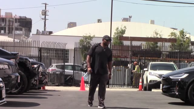ray lewis outside the dwts rehearsal studio in hollywood in celebrity sightings in los angeles on - dancing with the stars stock videos & royalty-free footage
