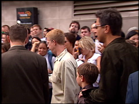 ray romano at the american idol finale at the kodak theatre in hollywood california on september 4 2002 - american idol stock videos and b-roll footage
