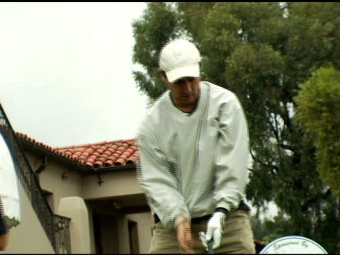 ray romano at the elizabeth glaser pediatric aids foundation golf classic at riviera country club in pacific palisades california on october 17 2005 - elizabeth glaser stock videos & royalty-free footage