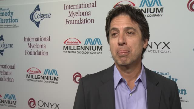 ray romano on his show parenthood at international myeloma foundation 7th annual comedy celebration benefiting the peter boyle research fund &... - peter boyle stock videos & royalty-free footage