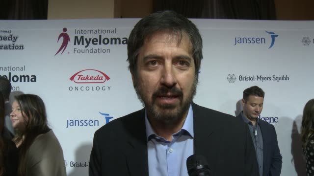 ray romano on the event and voting at international myeloma foundation's 10th annual comedy celebration benefiting the peter boyle research fund &... - peter boyle stock videos & royalty-free footage