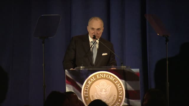 raymond kelly speaks at ambassador ronald s. lauder receives lifetime achievement award at the federal enforcement homeland security foundation at... - 生涯功労賞点の映像素材/bロール