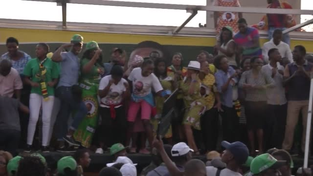 reactions from supporters as zimbabwe's supreme court declares president emmerson mnangagwa winner of last month's presidential election after... - zimbabwe stock videos & royalty-free footage