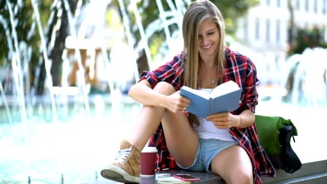 Lesung an den Brunnen