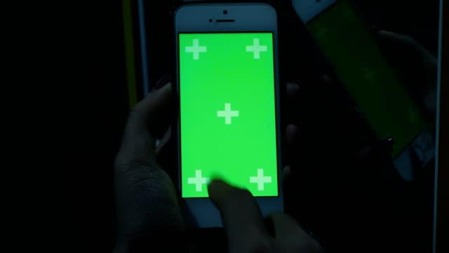 Real Green-Screen-Handy