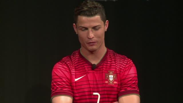 Real Madrid paso a la final de la Champions al ganar 40 al Bayern Munich este martes partido en el que Cristiano Ronaldo batio el record de goles en...