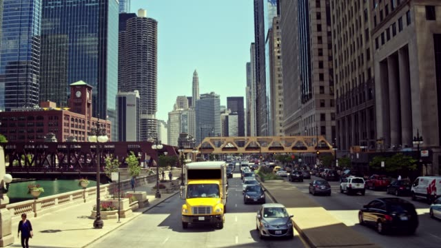Realtidsvideo av downtown Chicago trafik, Illinois