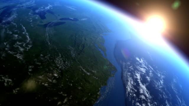 vidéos et rushes de réaliste & lever du soleil de la terre vue de l'espace - stratosphère
