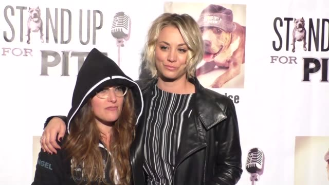 rebecca corry & kaley cuocoo at stand up for pits comedy benefit at the improv comedy club in west hollywood in celebrity sightings in los angeles, - スケッチコメディー点の映像素材/bロール