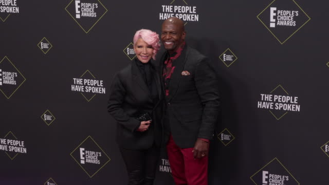 rebecca crews, terry crews at the 2019 e! people's choice awards at barker hangar on november 10, 2019 in santa monica, california. - people's choice awards stock videos & royalty-free footage