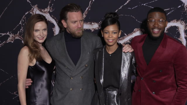 vídeos y material grabado en eventos de stock de rebecca ferguson ewan mcgregor kyliegh curran zackary momoh at the premiere of warner bros pictures' doctor sleep in los angeles ca - warner bros
