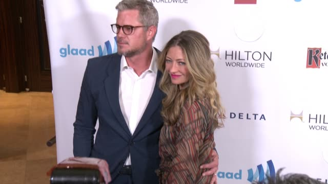 rebecca gayheart and eric dane at the 25th annual glaad media awards at the beverly hilton hotel on april 12 2014 in beverly hills california - ビバリーヒルトンホテル点の映像素材/bロール