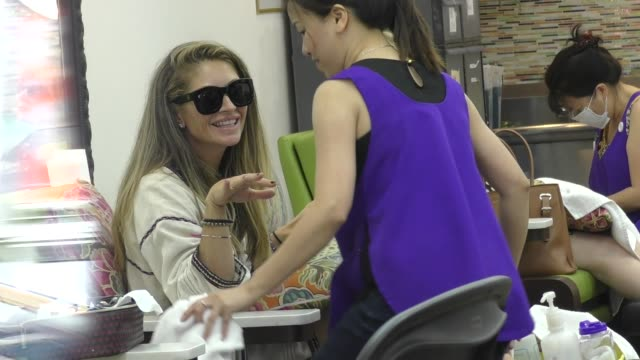 rebecca gayheart gets a manicure and pedicure at a nail salon in beverly hills in celebrity sightings in los angeles - pedicure stock videos & royalty-free footage