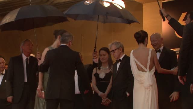 rebecca hall soonyi previn woody allen and penelope cruz at the 2008 cannes film festival vicky cristina barcelona in cannes on may 17 2008 - soon yi previn stock videos & royalty-free footage