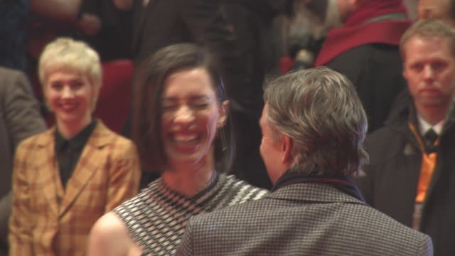 vidéos et rushes de rebecca hall steve coogan at berlin film festival 'the dinner' red carpet at berlinale palast on february 10 2017 in berlin germany - steve coogan