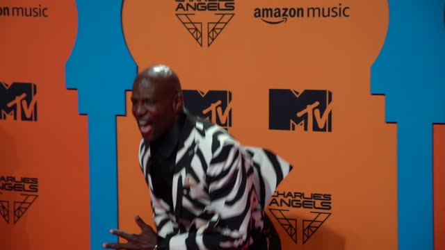 rebecca king-crews, terry crews at 26th mtv europe music awards on november 03, 2019 in seville, spain. - mtv1 stock videos & royalty-free footage