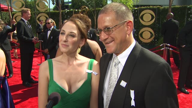 rebecca miller damian ganczewski on prayers for bobby's nomination at the 61st annual primetime emmy awards arrivals at los angeles ca - annual primetime emmy awards stock-videos und b-roll-filmmaterial